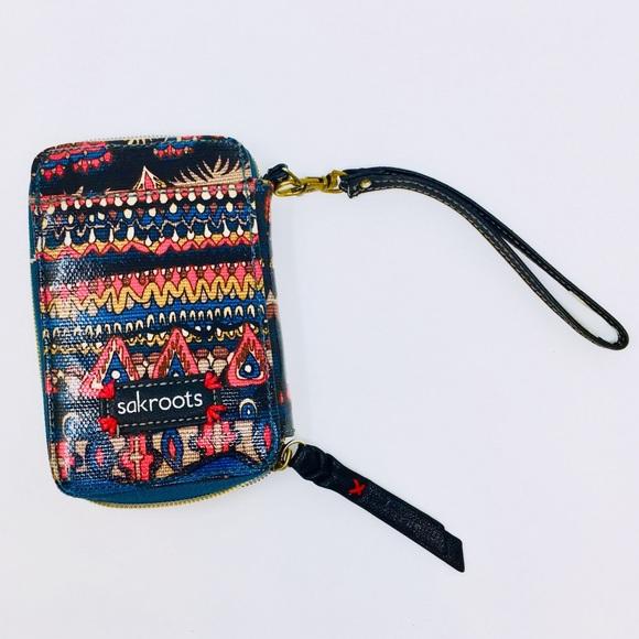 super popular 44d31 6213d SAKROOTS Wristlet Wallet